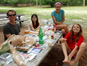 Picnic with Rhawn's family in the Brookgreen Gardens.